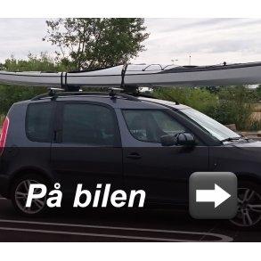 På bilen